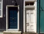 Doors of Valparaiso 06
