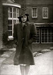 02 Mum January 1941