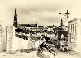 Cycling by the heritage sites: Howse Street Grahamstown