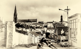 Cycling by the heritage sites: Howse StreetGrahamstown