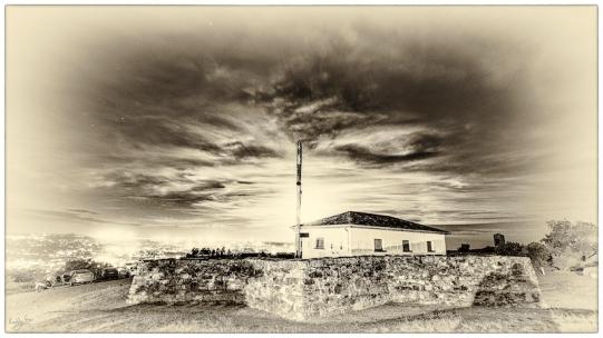 Fort Selwyn Moonrise: Grahamstown Heritage Series