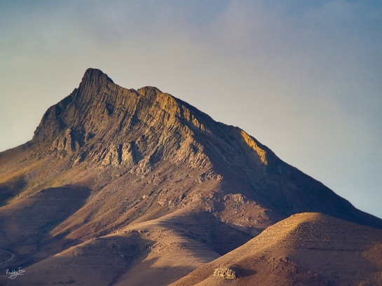 The dramatic cliffs of Compassberg at sunset